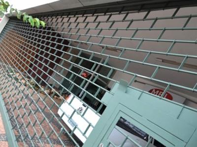 Porta grade junta tijolinho
